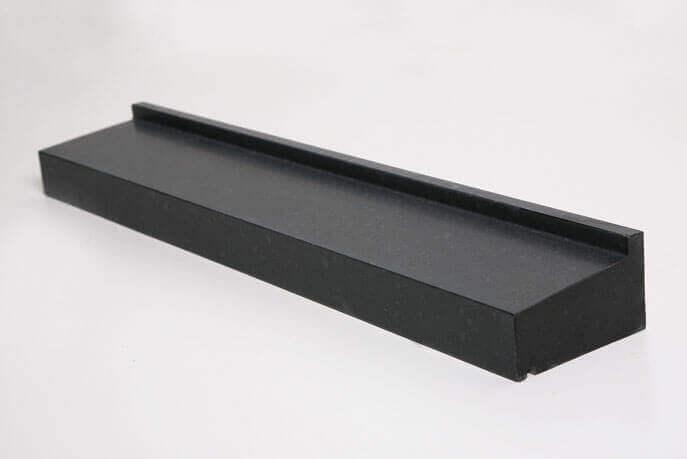 Raamdorpels - Olivian Black Basalt Raamdorpel - 15,5 cm