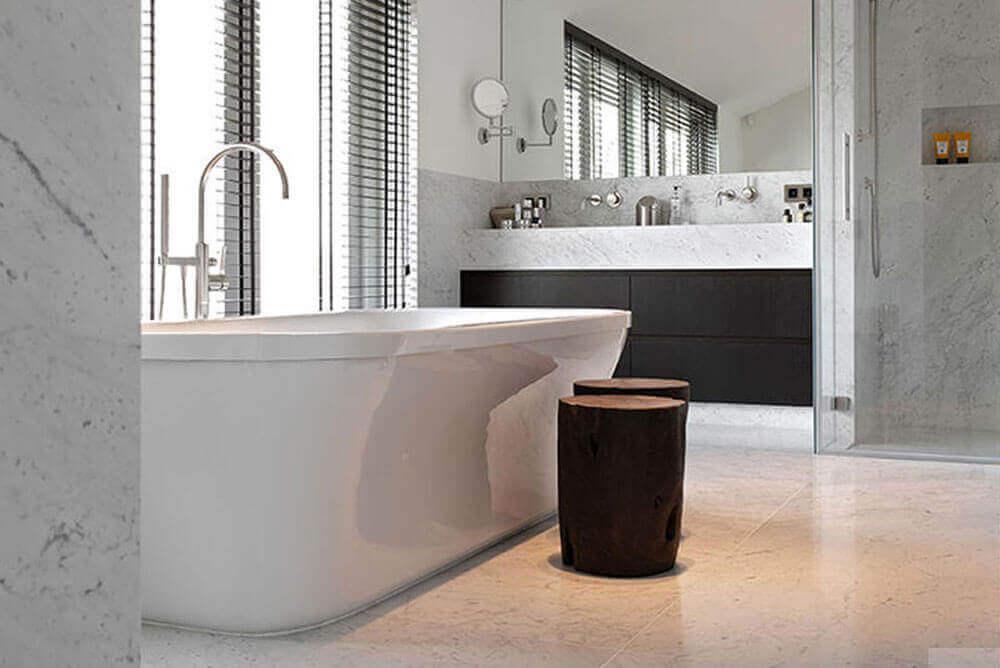 Marmer vloertegels - Bianco Carrara - Gezoet