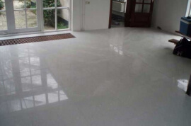 Waterdoorlatende terrastegels - Crystal White Composiet