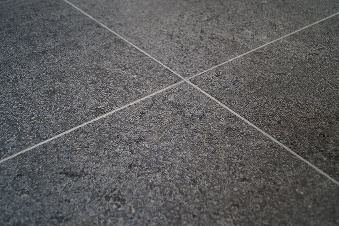 Zwarte vloertegels - Royal Black Graniet - Leather Finish