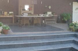 Terrastegels 80x80 - Chinese Hardsteen - Gezoet & Getrommeld