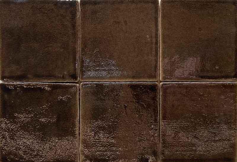 Bruine wandtegels - Castel Nickel