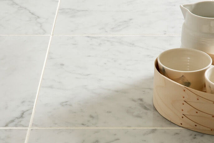 Marmer vloertegels - Bianco Carrara Marmer - Gepolijst (OP AFSPRAAK TE BEZICHTIGEN)